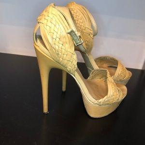 L.A.M.B. Nude Heels Size 9